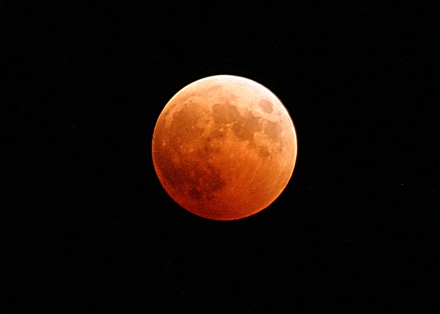 lunar eclipse 767808 640