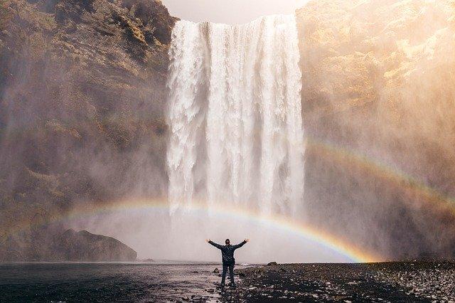 waterfall 828948 640